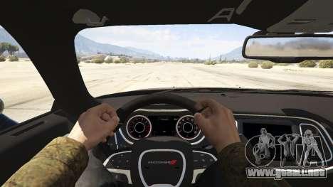 GTA 5 2015 Dodge Challenger vista trasera