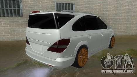 SsangYong Rodius 3.2 AT 2007 para la visión correcta GTA San Andreas