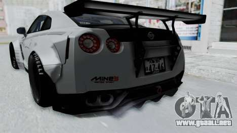 Nissan GT-R R35 2010 Liberty Walk para visión interna GTA San Andreas