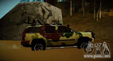 Chevrolet Tahoe LTZ v2 Camofluge para GTA San Andreas vista posterior izquierda