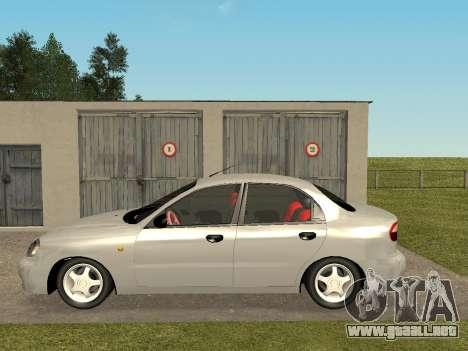 Daewoo Lanos (Sens) 2004 v2.0 by Greedy para GTA San Andreas vista posterior izquierda