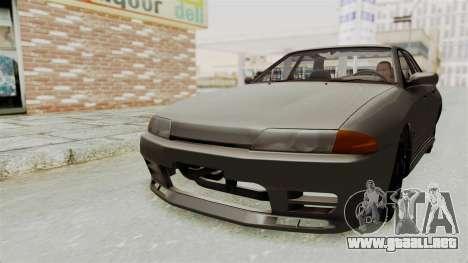 Nissan Skyline R32 4 Door para la visión correcta GTA San Andreas