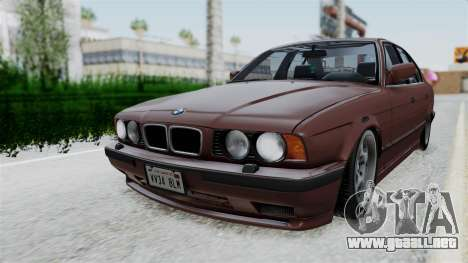 BMW 525i E34 1994 SA Plate para GTA San Andreas vista posterior izquierda