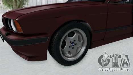 BMW 525i E34 1994 LT Plate para GTA San Andreas vista hacia atrás