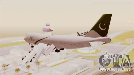 Boeing 747-200 Pakistan International para la visión correcta GTA San Andreas