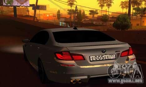 BMW M5 F10 2012 para GTA San Andreas vista posterior izquierda
