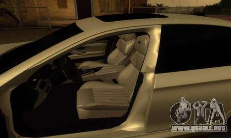 BMW M5 F10 2012 para GTA San Andreas vista hacia atrás