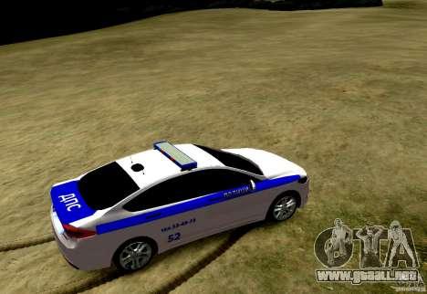 Ford Mondeo Russian Police para GTA 4 Vista posterior izquierda
