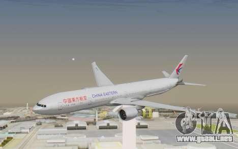 Boeing 777-300ER China Eastern Airlines para GTA San Andreas vista posterior izquierda