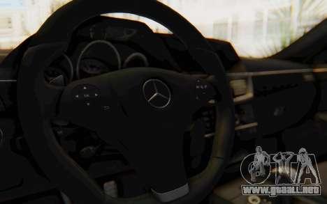 Mercedes-Benz E63 German Police Blue para visión interna GTA San Andreas