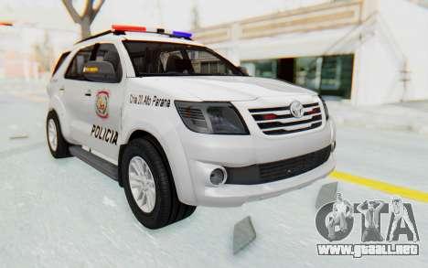 Toyota Fortuner 4WD 2015 Paraguay Police para la visión correcta GTA San Andreas