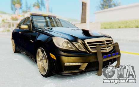 Mercedes-Benz E63 German Police Blue para la visión correcta GTA San Andreas