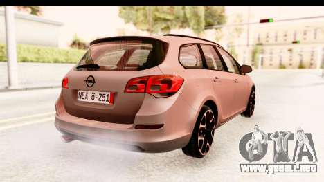 Opel Astra J Tourer para GTA San Andreas left