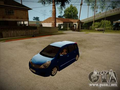 Nissan Note 2008 para GTA San Andreas left