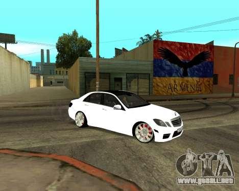 Mercedes-Benz E250 Armenian para las ruedas de GTA San Andreas