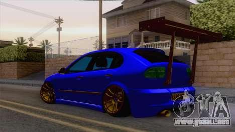 Seat Leon Haur Edition para GTA San Andreas vista posterior izquierda