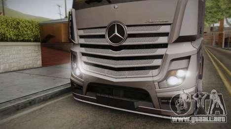 Mercedes-Benz Actros Mp4 4x2 v2.0 Steamspace v2 para GTA San Andreas vista posterior izquierda