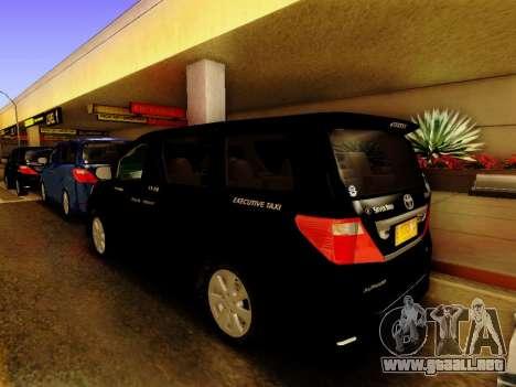 Toyota Alphard Taxi Silver Bird para GTA San Andreas left