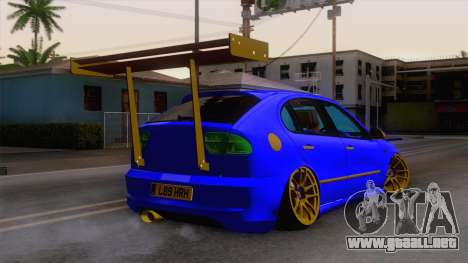Seat Leon Haur Edition para GTA San Andreas left