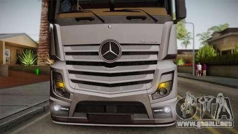 Mercedes-Benz Actros Mp4 4x2 v2.0 Steamspace v2 para GTA San Andreas vista hacia atrás
