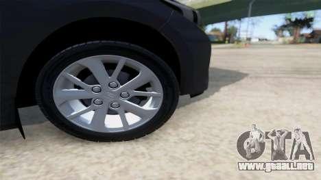 Toyota Corolla 2014 HQLM para la visión correcta GTA San Andreas