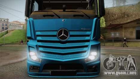 Mercedes-Benz Actros Mp4 6x4 v2.0 Gigaspace v2 para GTA San Andreas vista posterior izquierda