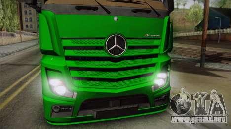 Mercedes-Benz Actros Mp4 4x2 v2.0 Gigaspace para GTA San Andreas vista posterior izquierda