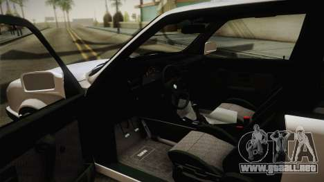 BMW M3 E30 Stance para GTA San Andreas vista hacia atrás