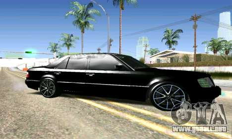 Mercedes-Benz E500 W124 para GTA San Andreas left