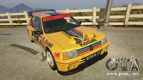 GTA 5 Peugeot 205 Turbo 16 vista trasera
