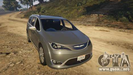 GTA 5 Chrysler Pacifica Limited 2017 vista lateral trasera derecha