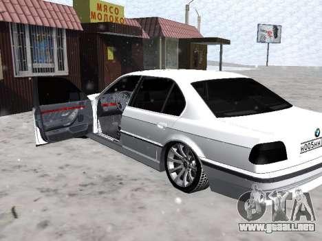 BMW 740I para GTA San Andreas vista hacia atrás
