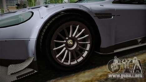 Aston Martin Racing DBR9 2005 v2.0.1 para GTA San Andreas vista hacia atrás