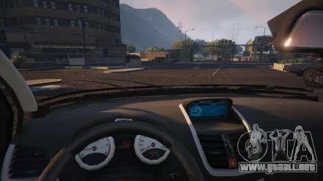 GTA 5 Peugeot 207 vista lateral derecha
