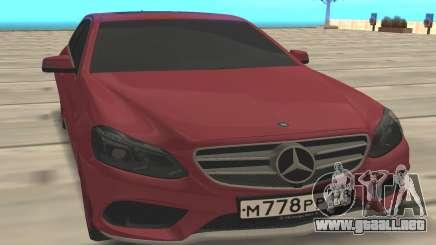 Mercedes Benz E500 W21 para GTA San Andreas