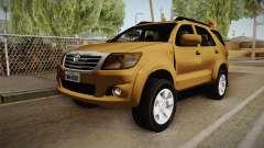 Toyota Fortuner V para GTA San Andreas