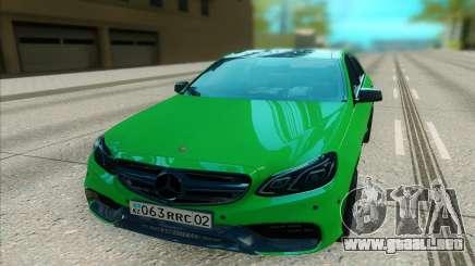Mercedes-Benz E63 AMG лайм para GTA San Andreas