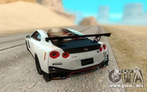 Nissan GTR Nismo para GTA San Andreas vista hacia atrás