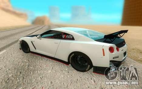 Nissan GTR Nismo para GTA San Andreas vista posterior izquierda