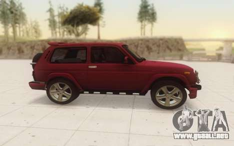 Niva 2121 Urban para GTA San Andreas left
