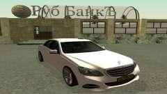 Mercedes-Benz E63 AMG 2013 Taxi para GTA San Andreas