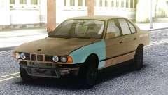 BMW 525 Crashed para GTA San Andreas