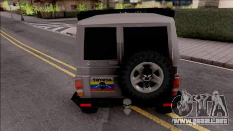Toyota Land Cruiser 4x4 Off-Road para GTA San Andreas
