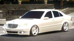Mercedes Benz E320 V1.0 para GTA 4