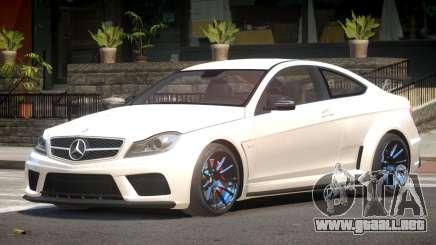 Mercedes Benz C63 R-Tuning para GTA 4