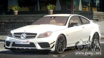 Mercedes Benz C63 AMG R-Tuning para GTA 4