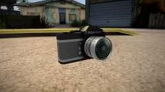 The camera is Nikon para GTA San Andreas
